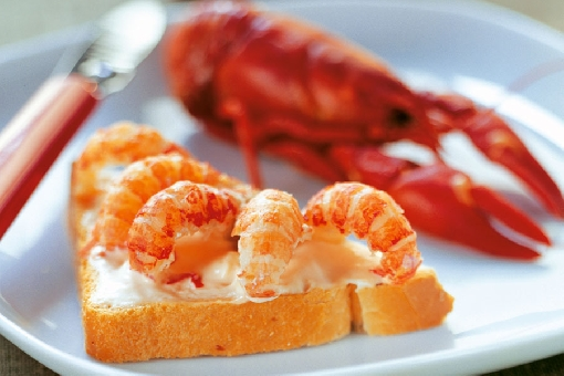Crayfish are enjoyed with toast at autumn crayfish parties.