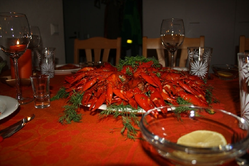 It is time for a crayfish feast – try also new crayfish dishes