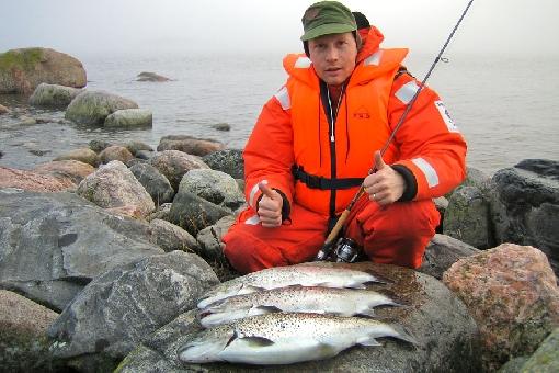 морская рыбалка в кольском залив