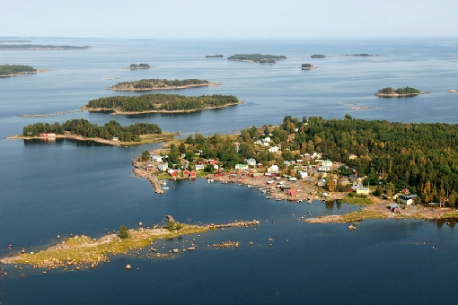 A view over the Hamina Archipelago in the Gulf of Finland.