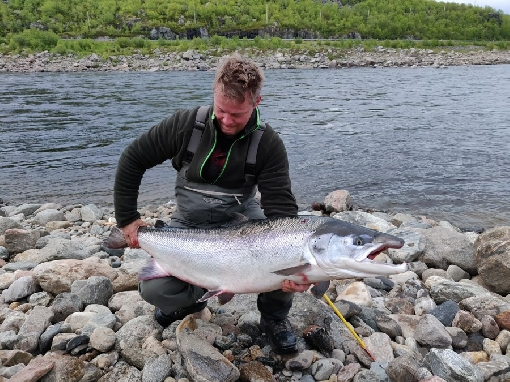 River Teno fishing permit sales started – during the early season water level will be high